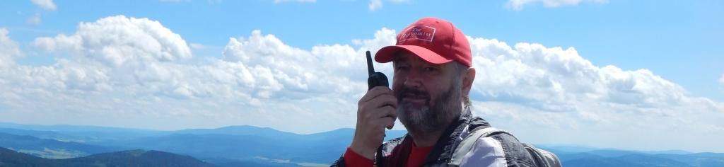PMR vysílání Tomáše Vlašim, Boubín rozhledna, v pozadí šumavské kopce