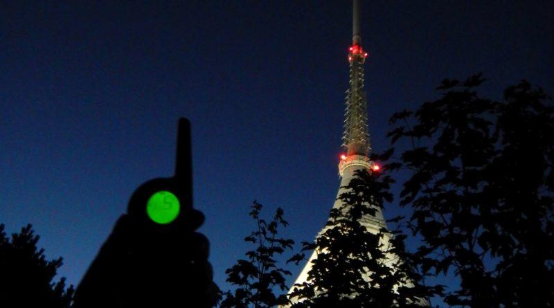 Noční Ještěd, vysílač a vysílačka